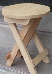 Klapphocker aus Holz