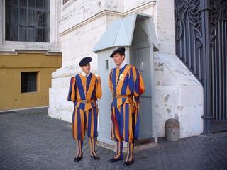 Schweizer Garde in Rom - Rom, Vatikan, Papst, Petersdom, Schweizer Garde, Uniform, andere Länder, Audienz