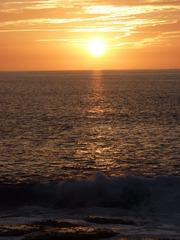 Sonnenuntergang - Sonnenuntergang, Meer, Abend, Meditation, Horizont, Himmelserscheinung, Sonne, Abendrot