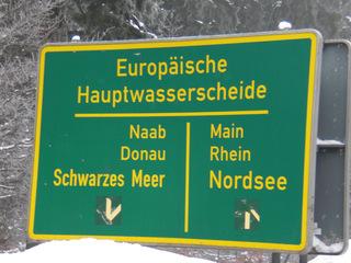 Europäische Hauptwasserscheide 1 - Wasserscheide, Hauptwasserscheide, Naab, Donau, Schwarzes Meer, Main, Rhein, Nordsee, Landschaftskomponente, Wasser, Naturraum