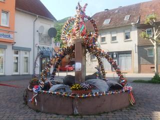 Osterbrunnen - Ostern, Osterei, Brunnen, Brauchtum, Osterschmuck