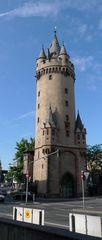 Eschenheimer Turm - Turm, Rundturm, Turmspitze, Wehrgang
