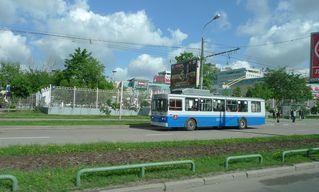 Linienbus in Moskau - Linienbus, Oberleitung, Elektrobus, Trolleybus, Verkehr, Transport, Moskau