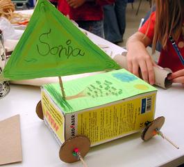 Luftauto Prototyp 2 - Eggrace, Auto, Autos, Luft, basteln, bauen, Wind, Modell, fahren, Rad, Räder, Physik