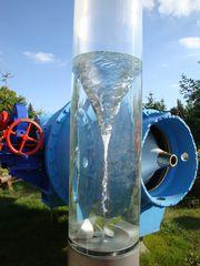Wasserwirbel#3 - Wasser, Wirbel, Strömungslehre, Kreisströmung