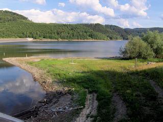 Granetalsperre #7 - Talsperre, Granetalsperre, Stausee, Staumauer, Wasser, Reservoir, Trinkwasser, Harz, Wasserstand, Niedrigwasser, Trockenheit