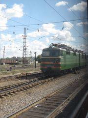 Fernzug - Bahn, Zug, Reisen, Schlafen, Schlafwagen, Russland, Landeskunde, Bahnhof, Lokomotive, E-Lok, Oberleitung