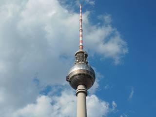 Berlin - Blick in den Himmel - Berlin, Fernsehturm, Kugel, Blick, Himmel, Hauptstadt