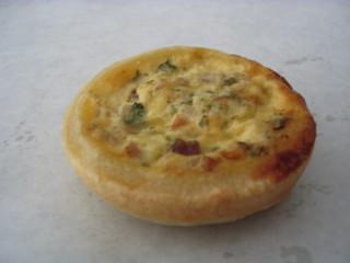 Miniquiche #5 - Miniquiche, Quiche, Tarte, Kuchen, flach, rund, Mürbteig, Fingerfood