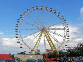 Riesenrad - Riesenrad, Fahrgeschäft, Volksfest, Stahlkonstruktion, Kreis, Radius, Symmetrie, Durchmesser, transportabel, rund, teilen, Sektor, Geometrie, Bruch, Bruchteil, Ferris Wheel