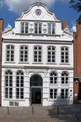 Lübeck, Buddenbrookhaus - Lübeck, Buddenbrookhaus, Buddenbrook, Mengstraße, Mann, Thomas Mann, Familie, Literatur, Sehenswürdigkeit, Kulturzentrum, Giebel, Front, Ansicht, Haus, Wohnung