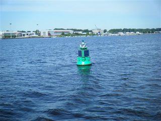 Schifffahrtszeichen#3 - Schifffahrtszeichen, Seezeichen, Navigation, Navigationshilfe, Tonne, Orientierung, Seefahrt, Lichtsignal