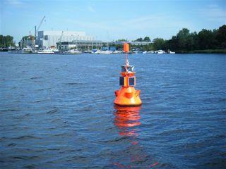 Schifffahrtszeichen#2 - Schifffahrtszeichen, Seezeichen, Navigation, Navigationshilfe, Tonne, Orientierung, Seefahrt, Lichtsignal