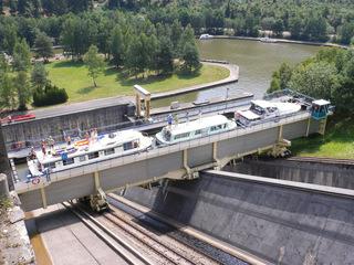 Schiffshebewerk St-Louis-Arzviller #4 - Schiffshebewerk, plan incliné, Frankreich, Elsass, Arzviller, schräg, Rhein-Marne-Kanal, schiefe Ebene, Trog