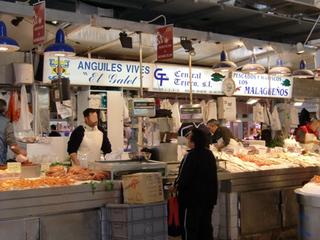 Stand mit Meeresfrüchten - marisquería - mariscos, pescado, mercado, compras, Markt, Marktstand, Meeresfrüchte, Fisch