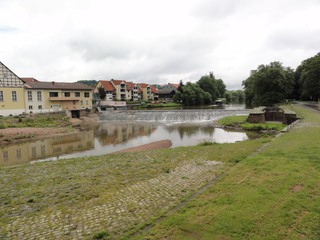 Wehr1 - Fluss, Fulda, Wehr, Aufstauung, Wasser, Wasserkraftwerk, Schleusse, Strom, Stromerzeugung, regenerative Energie