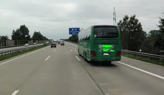 Autobahn3 - Autobahn, dreispurig, Ausfahrt, blau, Autobahnausfahrt, Verkehrsschild