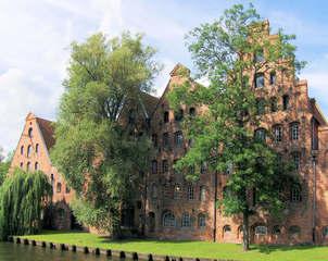 Lübeck Salzspeicher - Lübeck, Salzspeicher, Speicher, Speicherhäuser, Trave, Obertrave, Salz, weißes Gold, Salzstraße, lagern, Lagerhaus, Backstein