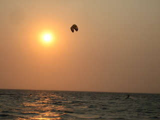 Sonnenuntergang - Natur, Sonne, Sonnenuntergang, Abendstimmung, Meer, Lenkdrachen, Abend, Horizont, Kitesurfen