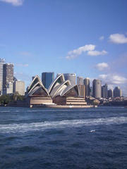 Oper von Sydney - Wasseransicht - Oper, Musik, Sydney, Australien, Kunst, Design, Architektur, Bauwerk, Gebäude, gigantisch, Wahrzeichen