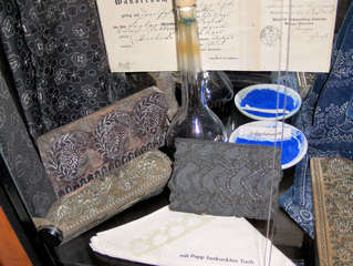 Blaudruck #3 - Blaudruck, Textilien, färben, drucken, Model, Farbe, Indigo, blau, weiß, Wäsche, Stoff, Stoffe, Muster, Tradition, Färber, Färberei, Model, Modeln