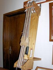 Webstuhl #9  - Brettchenweben - Brettchen, weben, Brettchenweben, Webfach, Bänder, Band, Kettfaden, Löcher, Textil, Handwerk