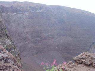 Vesuv#2 - Vesuv, Vesuvio, Vulkan, Krater, Neapel, Italien, Kraterrand