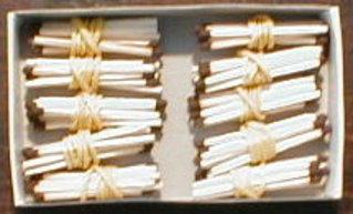 Bündelungen mit Streichhölzern  01 - Zehner, Hunderter, Bündel, Bündelung, Streichhölzer, zählen, Stellenwert