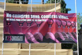 Hinweisschild gegen Prostitution - Prostitution, sexo, vida, vidas, prostitución, prostitución ilegal, sexuelle Ausbeutung