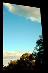 Blick aus dem Fenster - Fenster, sehen, Blick, Meditation, Perspektive, Licht, Schatten, hinaus