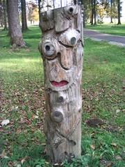 Skulpturenweg #3 - Skulpturenweg, Holzskulptur, Skulptur, Kunst, Holz, Schnitzhandwerk, Bildhauerei, abstrakt
