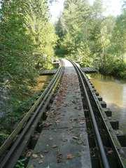 Eisenbahnbrücke - Eisenbahn, Brücke, Eisenbahnbrücke, Granitbahn, Schienen, Schwellen