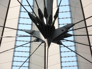 Berliner Architektur - Sony Center #4 - Ansicht, Details, Aussicht, Konstruktion, Dach, Perspektive, Kunst, Glas, Stahl, Stoff, gefächert, Zelt