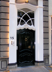 Haustür in Südholland #4 - Tür, Haustür, Eingang, Oberlicht, Südholland, Ornament, Schmuck, Stuck, Stukkatur, Hochglanz, glänzend, blank, vornehm, edel