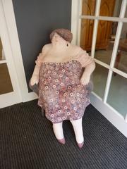 Skulptur#1 - Dame, Frau, sitzend, schulterfrei, Skulptur, Plastik, Bildhauerei, Karl Heinz Richter
