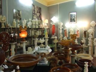 Alabasterverkauf - Alabaster, Volterra, Kunsthandwerk, Werkstatt, Mineralien, Gestein, Handwerk, Toskana, Italien