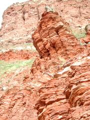 Gesteinsschichten auf Helgoland - Felsen, Helgoland, Kalksandstein, Kreide, Buntsandstein, Eisen, Geologie, Kupfersulfat, Insel, Nordsee, Gestein, Schichten