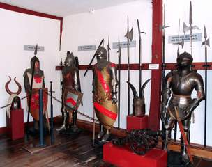 Ritter - Krieger - Legionäre #1 - Ritter, Krieger, Legionär, Galerie, Krieg, Ausrüstung, kämpfen, Rüstung, Schild, Waffen, Helm