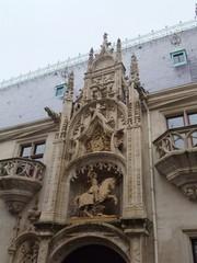 Porterie des Herzogspalasts (16. Jh.) - Nancy, Lothringen, Bauwerke, Architektur, Herzog, Palast, Frankreich, Renaissance, Fassade, Portal, Eingangsportal, Reiterstandbild