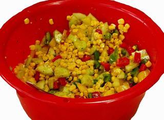 Gemüsesalat - Gemüsesalat, Salat, Mais, Paprika, geschnitten, Gurke