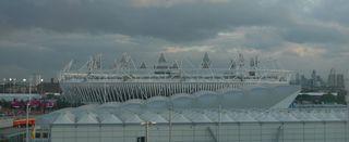 Olympische Spiele London 2012 #2 - Stadion, Olympiastadion, Olympisches Stadion, Olympic Park, Olympiapark, London, Stratford, Olympische Spiele, Olympiade, Paralympics, Sommerspiele, Veranstaltungsstätte, Leichtathletikstadion, Leichtathletikwettbewerbe, Eröffnungsfeier, Abschlussfeier, 2012