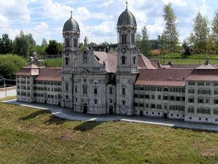Kloster Einsiedeln - Benediktinerabtei, Kloster, Pilger, Schwyz, Orden, Benediktiner, Sakralbau, Einsiedeln