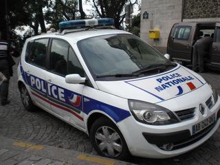 Police nationale - Frankreich, civilisation, police, Polizeiwagen, Polizeiauto, Polizei, voiture, Auto, Paris