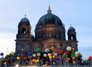 LichtKunst Berliner Dom #1 - Berlin, Deutschland, Licht, Kunst, Nacht, dunkel, Installation, Wahrzeichen, Akzente, leuchten, Sehenswürdigkeiten, Illumination, Feuerwerk, lichtkünstlerische Projektionen, Projektion, Lichteffekte, Effekt