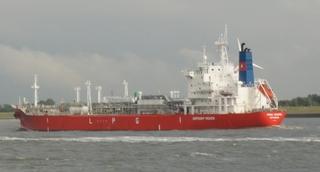 Tanker - Tanker, Flüssiggas, Flüssiggastanker, Elbe, Spezialschiff, Schiff, Gas, LPG