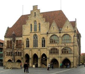 Marktplatz Hildesheim #6 Rathaus - Rathaus, Stadtverwaltung, Ratskeller, Fassade, Wappen, Sandstein, Marktplatz, Hildesheim, Rat
