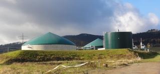 Biogasanlage#1 - Gas, Biogas, Biogasanlage, Umwelt, Energie, Energieerzeugung, Stromerzeugung, alternative, alternativ, erneuerbare, erneuerbar, regenerative, regenerativ, faulen, verfaulen, Faulbehälter, Gärbehälter, Vergärung, Silo, Gülle, Biomasse