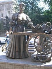 Molly Malone - Molly Malone, Denkmal, Dublin, Fischverkäuferin, Statue, Handwagen