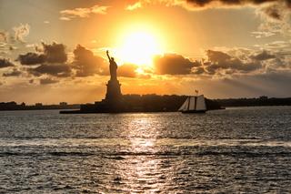 Statue of Liberty, New York - Statue of Liberty, Lady Liberty, Miss Liberty, Freiheitsstatue, neoklassizistisch, Statue, Kolossalstatue, Wahrzeichen, Freiheit, Symbol, auswandern, Sehenswürdigkeit, sight, New York, NY, NYC, Liberty Island, New Yorker Hafen, harbour, Weltkulturerbe