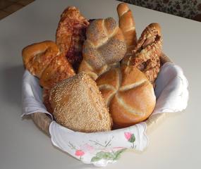Gebäck - Gebäck, Brötchen, Backwaren, Kleingebäck, Korb, Getreide, Korn, Bäcker, Bäckerei